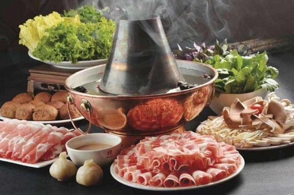 立冬习俗:北吃饺子南吃葱,铜锅羊肉好过冬
