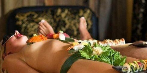 全球十大重口味主题餐厅排行榜 日本女体盛餐厅和食人餐厅占前两名