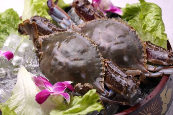 活的梭子蟹清洗步骤 梭子蟹最常见的做法 清蒸梭子蟹蒸多久