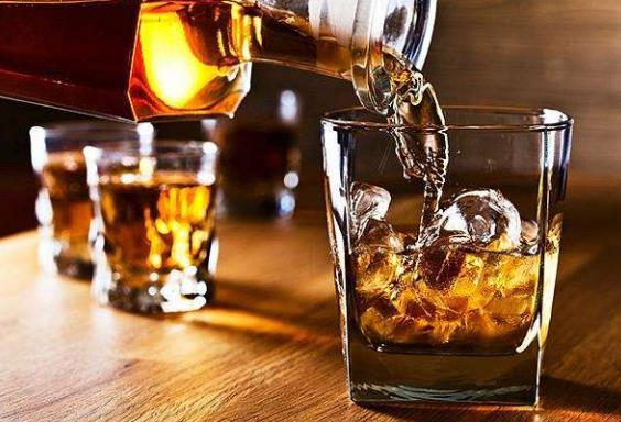 世界上十大最贵的酒排名,威士忌限量版高达600万美元!