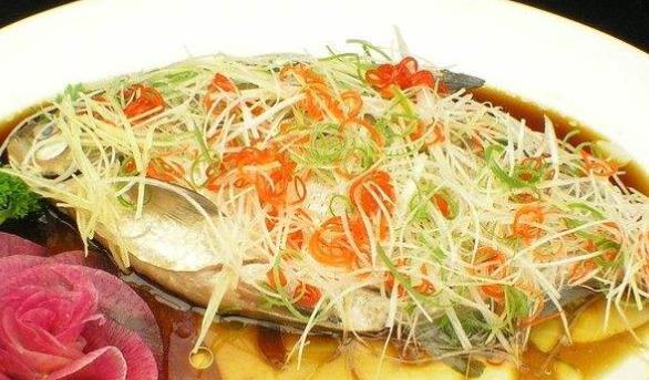 湖北武汉五大特色小吃 武昌鱼是驰名中外的水产品
