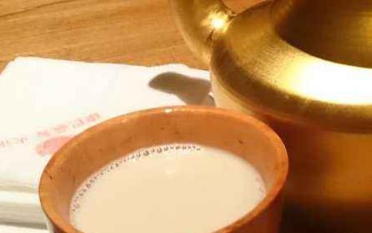 四川阿坝州五大特色小吃 酥油茶营养丰富有提神滋补作用