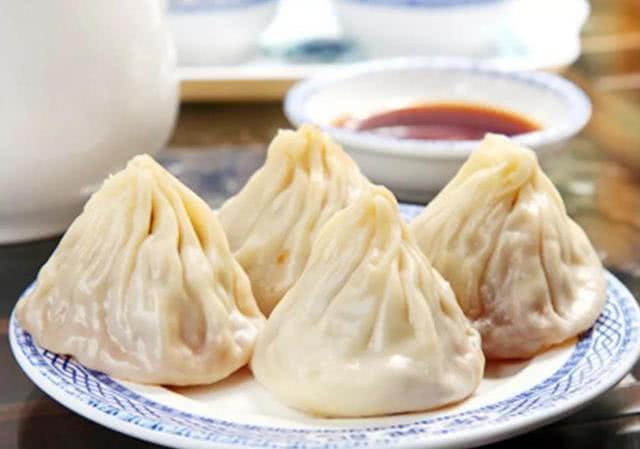 江苏无锡十大特色美食小吃 无锡小笼包是当地的传统名吃