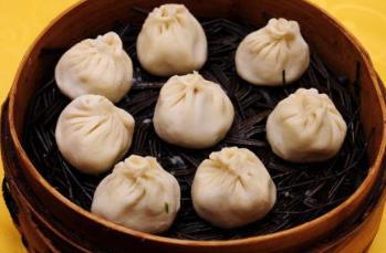 上海特色小吃排行榜 上海汤包皮薄馅多内有大量汤汁