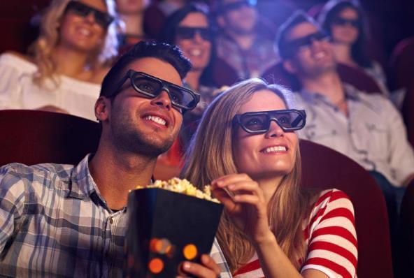 全球五花八门的影院小吃 韩国吃烤栗子 日本爱吃烤鱼骨