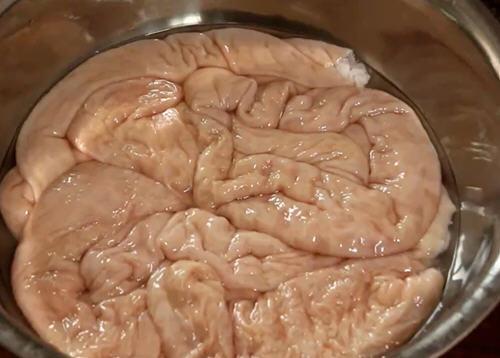 猪大肠要如何清洗才干净 猪大肠的正确清洗方法图解