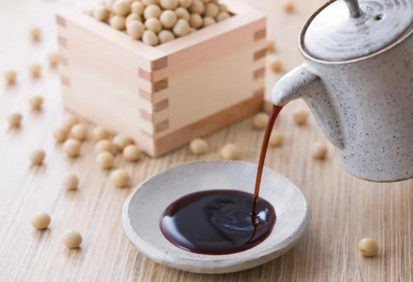 味极鲜可以替代生抽酱油吗 生抽好还是味极鲜好呢