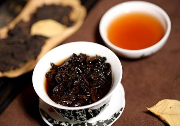 普洱茶有什么功效与作用,喝普洱茶有哪些禁忌?如何搭配?