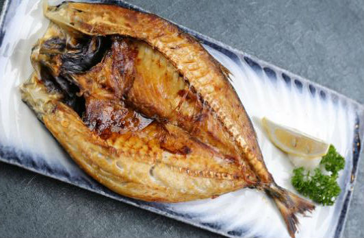 吃鱼需要注意什么?鱼腥味的来源(怎么去除鱼腥味)