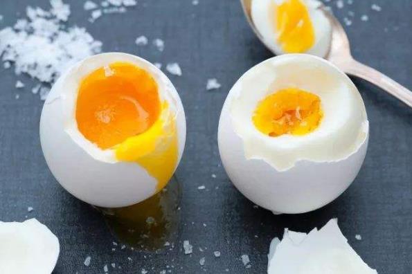 鸡蛋煮太熟营养会损失掉?溏心蛋和全熟鸡蛋哪种营养更好?