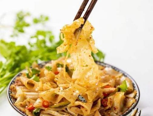 炎炎夏日开胃美食,凉皮陕西传统美食、茭白鳝丝江南一带消暑神器