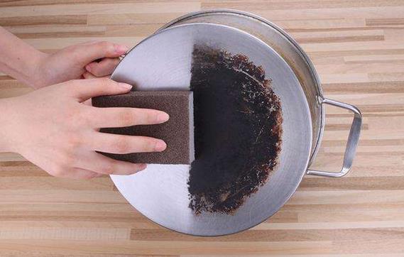 厨房油渍日积月累,越擦越脏?厨房用品清洁妙招大全