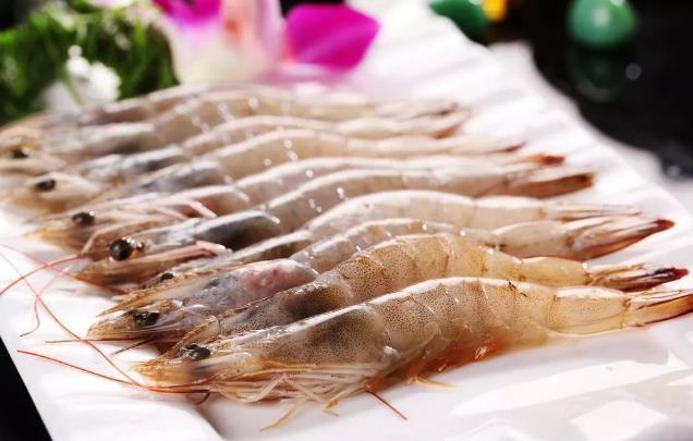 虾背里的黑线很脏吗?虾头黑黑的,是重金属超标?