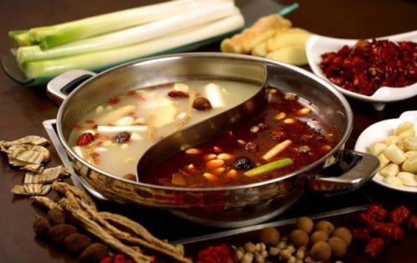 吃火锅选择什么样的锅底?涮锅选择什么样的食材及蘸料