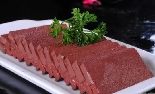 吃鸭血有哪些作用?鸭血和什么一起吃比较好