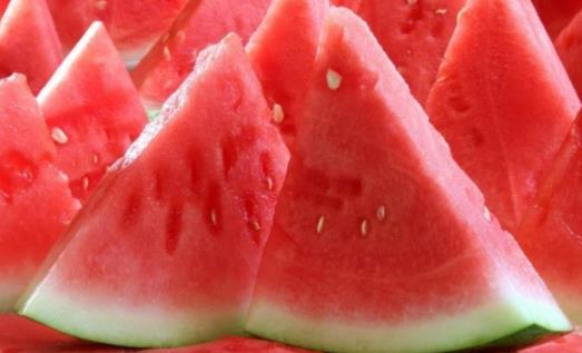西瓜吃了为什么胃会痛?西瓜吃多少合适