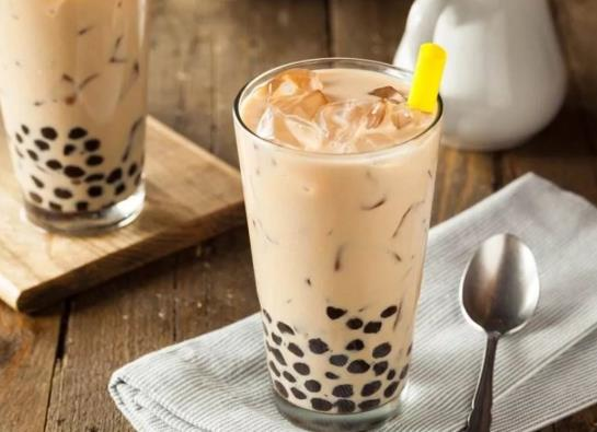 为什么喝完奶茶胸闷喘不上气?喝奶茶心跳加速的原因