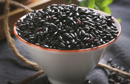 黑米可以天天吃吗?黑米一般泡多久可以蒸米饭